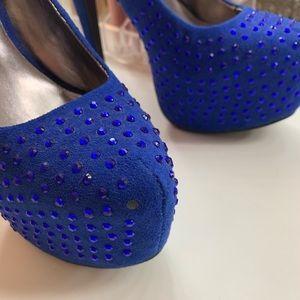 JustFab Shoes - JustFab Blue Pumps